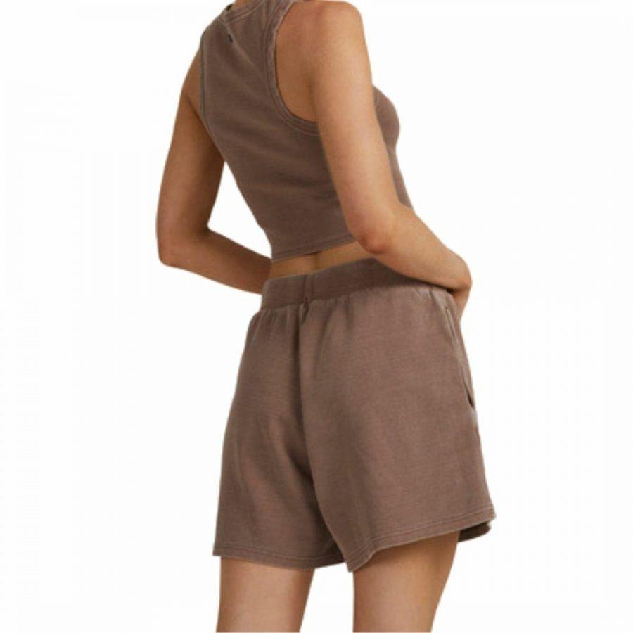 Va Pops Short Womens Walkshorts Colour is Chocolate